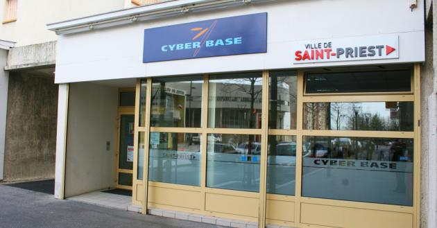 Cyber base coeur de saint priest for Piscine saint priest